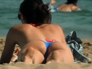 sexy beach girls voyer video