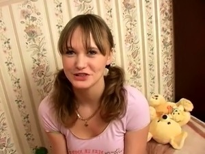 free young pictures of russian girls