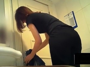 sexy girls spy cameras changing rooms