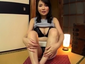mature and japanese and facesitting