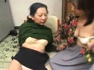 Lesbian nude boobs