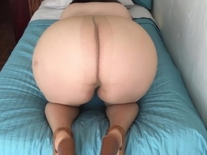 japanese office girls in pantyhose