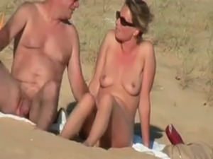 naked women on the beach galleries