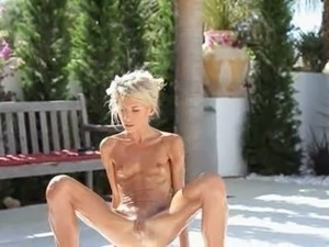 old pissing pussy