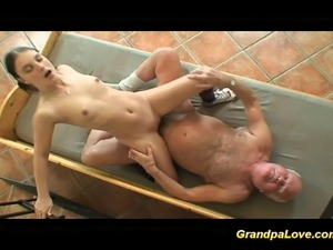 free grandpa with young vids