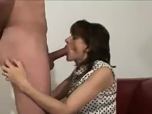 lady sonia shaved pussy