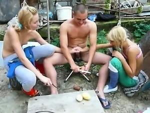 teen lesbian double dildo orgy
