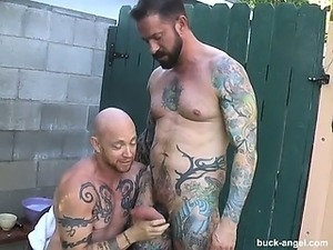 Castingxxx two amateurs looking for fast bucks