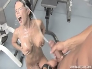 free video boobs popout in gym