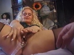 forced to lick wifes cream pie