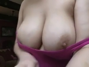 mature ladies downblouse pics