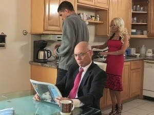 house wife free sex hd