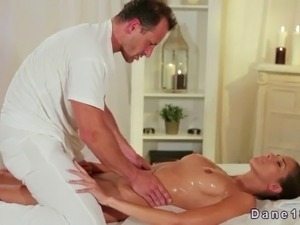 free online erotic massages pictures