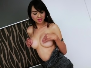 xhamster young asian ladyboys spunking