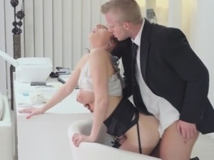 Secretary oral sex