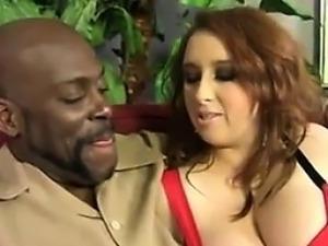 girl giving titjob