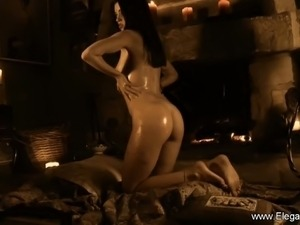 Hot asian girl dancing