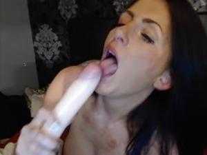 mature nude webcams