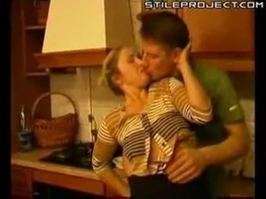 kitchen milfs sex videos