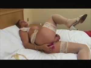 free pics masturbation shemale