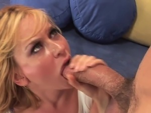 amateur porn swallowing