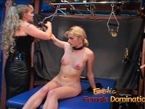 bdsm porn slave foot feet lesbian