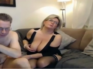 real girls stripping webcam
