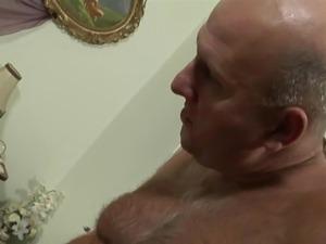 Old man naked pics