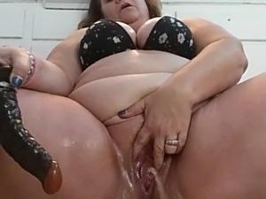 Hot blondes masturbating