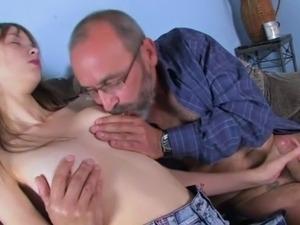 old man pounding petite pussy