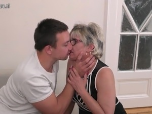 mother son erotic main stream movies