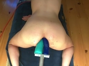 girls riding sex machine