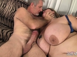 house wifes huge tits free video