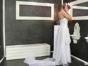 Hot bride sex