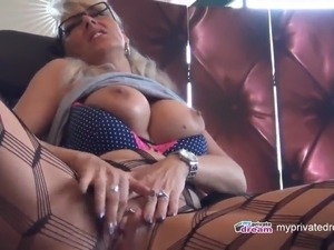 making a girl squirt through sex