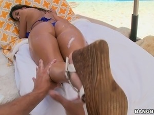 xxx college pool sex