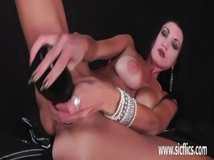 sexy busty tranny shemale