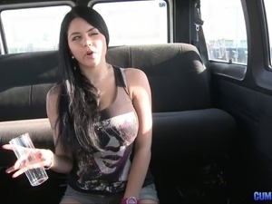 girl facial sucks cop car
