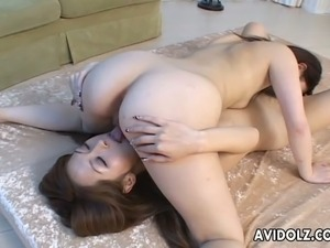 japanese lesbian threesome