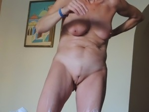 Sexy girls solo
