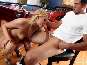 showgirls sex pool free