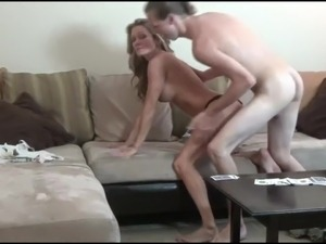 son sees mom in sex pics