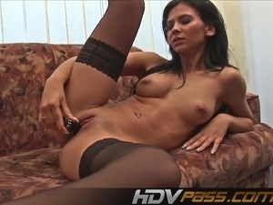 Shaved pussy vid