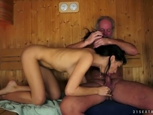 free shemale blowjob movies