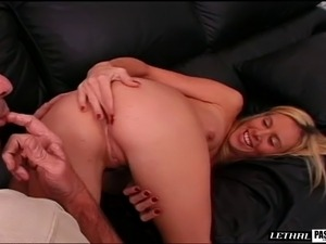 missionary sex pictures