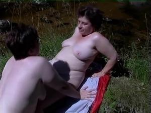 mature lesbian porn picture galleries