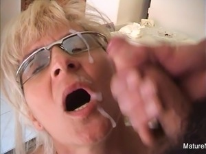 mature anal oops she poops