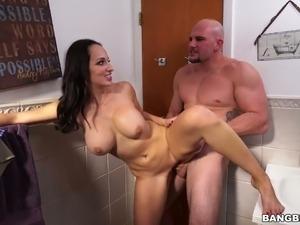 Girls bathroom sex