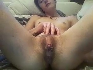 clit rub orgasm msn girl