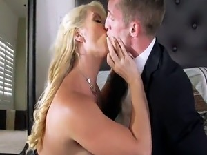 young bride virgin pussy